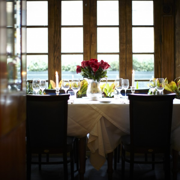 romantic table Chicago, Merlo on Maple private dining
