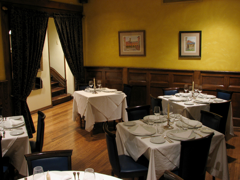 Small private dining room merlo on maple - Chicago private dining rooms ...